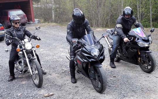 Kuinka valitsen oikean renkaan moottoripyörääni